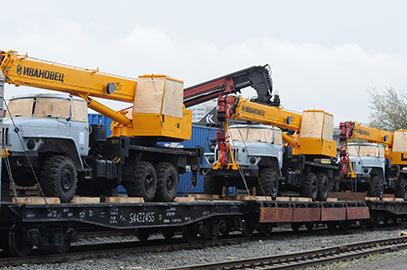 Перевозки спецтехники по железной дороге фото 3